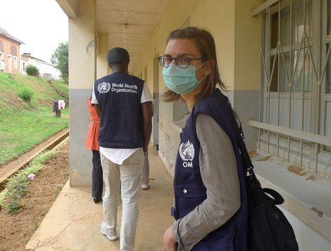 RKI infectious disease clinician Bettina Ruehe on the way to the hospital in Antsirabe. Source: Ariane Halm/RKI