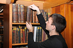 In the library the historical stock from the time of Robert Koch is unique. Source: RKI